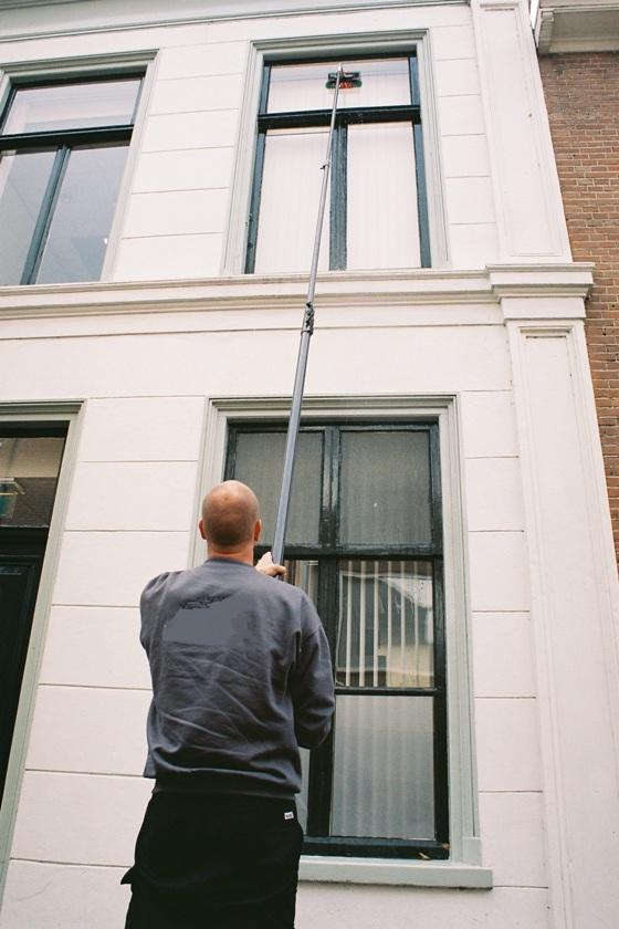 Glazen wassen in Werkendam